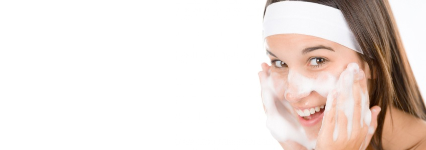 5 Natural Treatments for Teen Acne