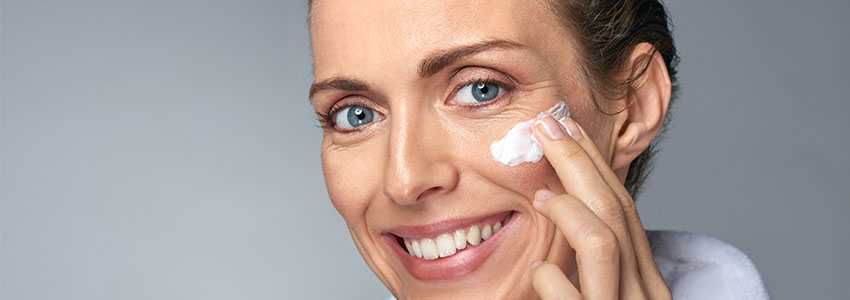 4 Things to Look for in an Eye Cream or Serum